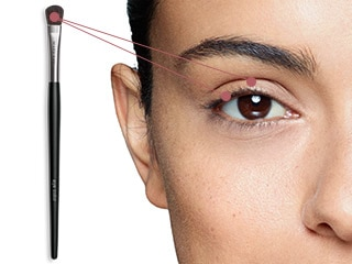 Use the Mary Kay® Eye Color brush to apply Mary Kay® Mineral Eye Color with even application.